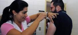 Vacinação contra a gripe no SUS é aberta para toda a população