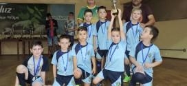 Categoria sub-7 de futsal se destaca em campeonato regional