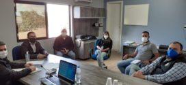 Amzop recebe representantes da JBS para tratar sobre a expansão da suinocultura na região