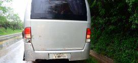 Micro-ônibus de Taquaruçu do Sul se envolve em acidente com danos materiais na BR 386